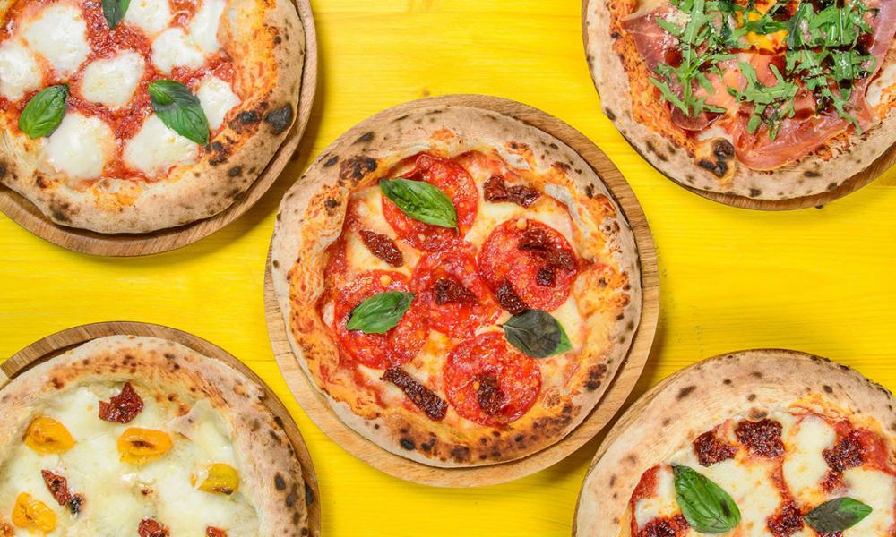 Camionetta pizzeria baneasa cover