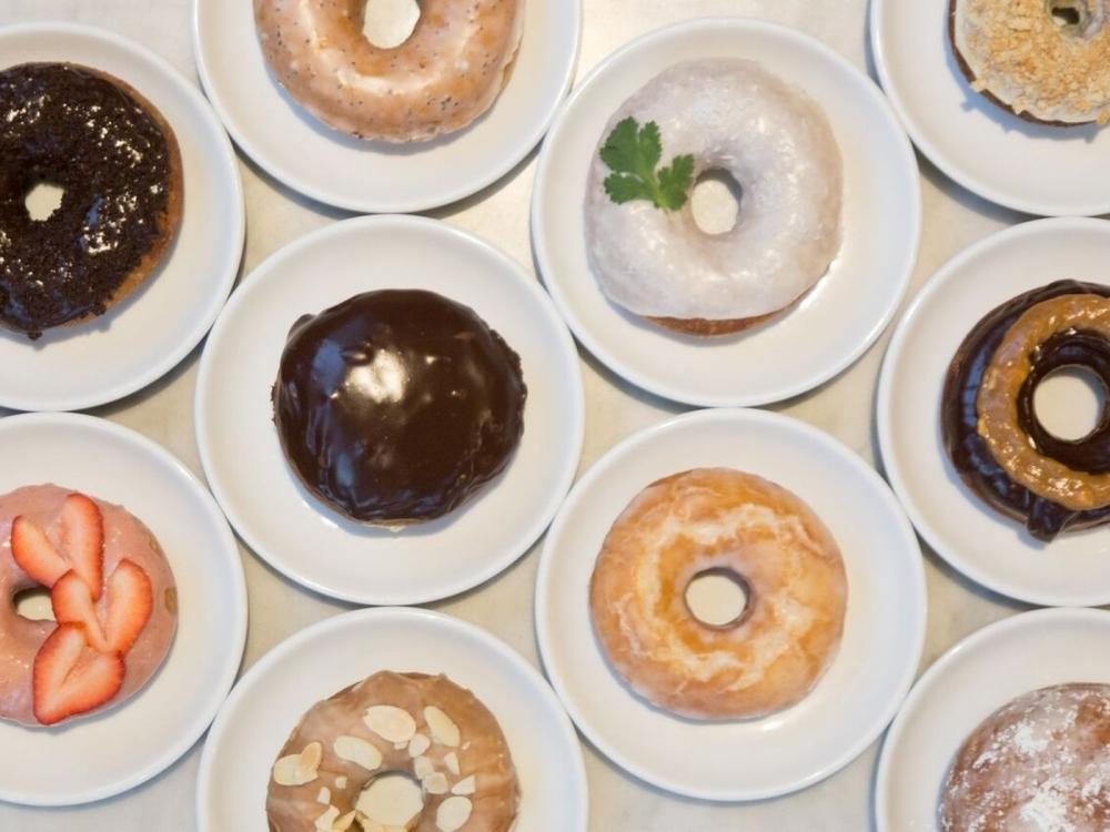 Hello Donuts Piata Unirii cover