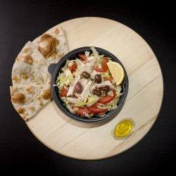 Salata Pui image