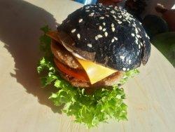 Cheeseburger cu chiflă sepie image