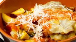 Filetto di manzo alla parmigiana con patate al rosmarino (pe vatră) image