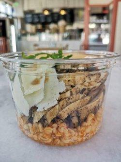 Salata de pui cu bulgur image