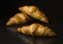 3 x croissants image
