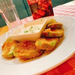 Zuchini fritte in crosta di parmigiano con salsa di aglio image