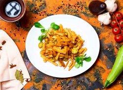 Cartofi prăjiți gratinați cu cheddar si chili image