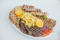 Pikilia mixt grill farfurie image