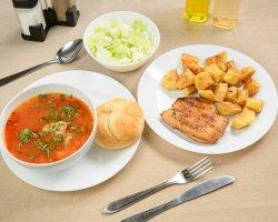 Meniu- Ciorbă de porc, piept de pui, cartofi prăjiți, salată verde și pâine image