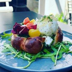 English muffin egg image
