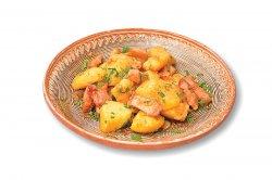 Cartofi ţărăneşti cu costiță image