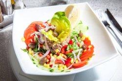 Salată ton image