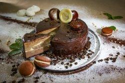 Coffee & Prossecco cake image