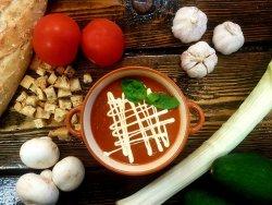 Supă cremă de roșii cu busuioc –  vegetarian/post  image