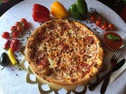 Pizza Quatro Carni 40 cm image
