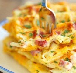 Omleta simpla cu topping de mozzarella image