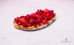 Mic dejun fructe roșii image