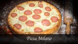 Pizza Milano image