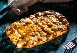 Cheesy bread image
