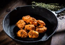 Chicken kickers marinara image