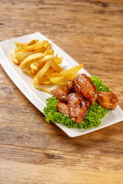 Hot Wings image