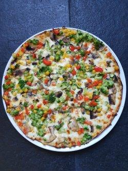 Vegetariană - The ALTERNATIVE / cu blat usor crocant image