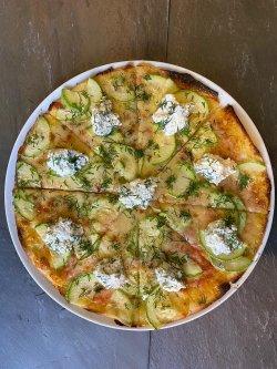 Zucchini e Formaggio - The ALTERNATIVE / cu blat usor crocant image