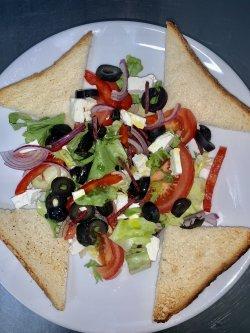 Salată Greceasca image