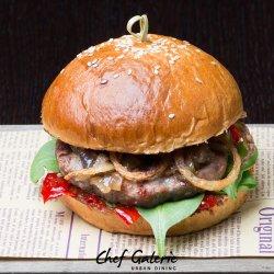 Spicy beef burger image