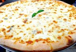 Pizza quattro formaggi 35 cm image