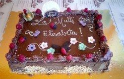 Tort festiv de ciocolată image