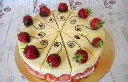Tort Frasier cu vanilie și căpșuni image