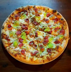 Pizza Norcina image
