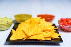 Nachos cu salsa Sour cream image