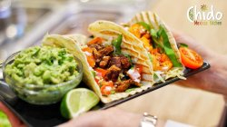 Tacos cu pui la grill image
