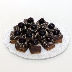 Mini amandină cu ciocolată image