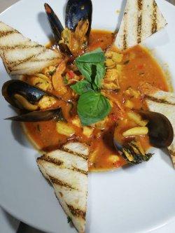Fish soup image