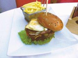 Burger Xanadu image