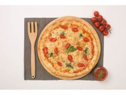 Pizza Pesto E Cherry 32 cm image