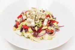 Salată grecească cu avocado image